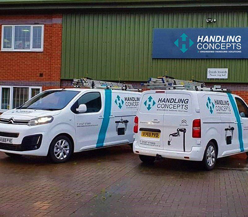Service-Vans-OUTSIDE